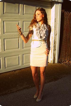 belt - bracelet - necklace - Miss Ohio skirt