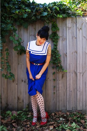 portmans tights - vintage etsy dress - portmans hoodie - Wittner pumps