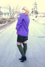 Navy-spring-boots-purple-vintage-jacket-black-vintage-sweater-heather-gray