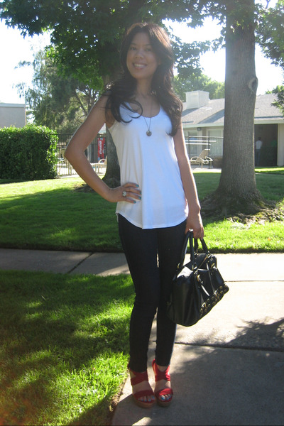 American Eagle top - Wax jeans - parika garzon shoes - Steve Madden purse