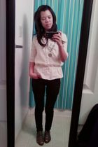 beige Old Navy top - black Wax jeans - gray Deena & Ozzy shoes