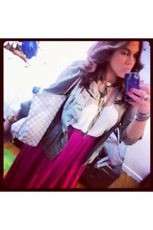 Seven Halos necklace - Urban Outfitters jacket - H&M shirt - Louis Vuitton bag