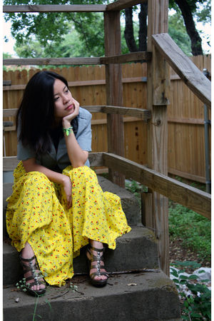 yellow thrifted skirt - gray JC Penney jacket - black Target t-shirt - silver Ve