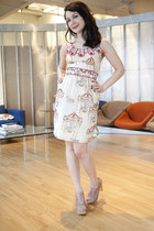 cream burlapp modcloth dress - light pink modcloth heels