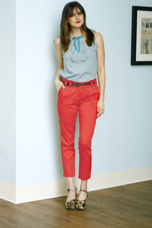 cropped New Slack Swing Pants in Red pants - So Good to be Spearmint Top top