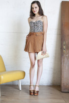 ivory modcloth bag - tan modcloth shorts - brown modcloth heels - blue modcloth