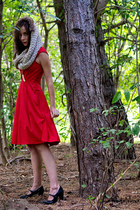 tan infinity hooded Smart Set scarf - ruby red sweetheart eShakti dress