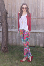 classic Gap cardigan - loose kensie sweater - floral Skies are blue pants