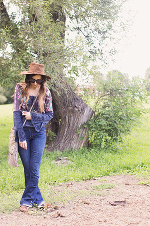 dark brown suede fedora Henchel Hat Co hat - navy bootcut Gap jeans