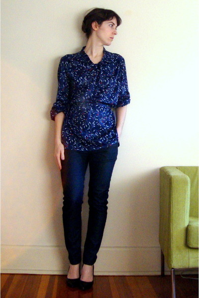 blue floral print vintage blouse - black Jessica Simpson shoes