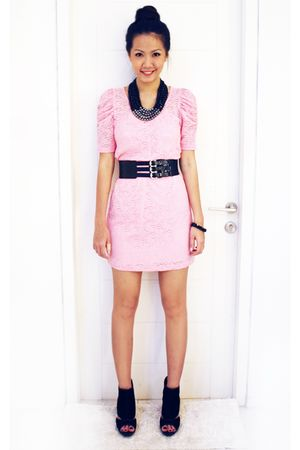 pink Monaco dress - black Aldo shoes - black Mango belt - black Topshop necklace