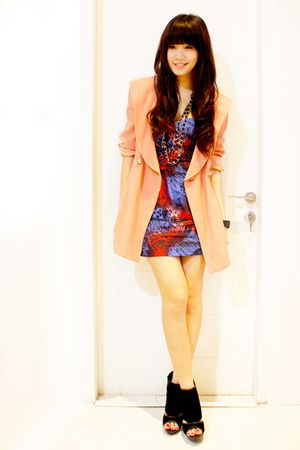 beige vintage jacket - blue Topshop dress - black Aldo - black Topshop necklace