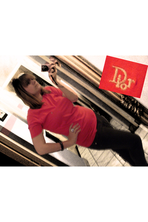 red christian dior t-shirt - gray jeans - black bracelet accessories - white bot