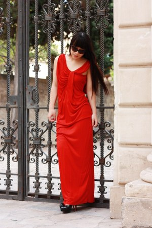 red H&M dress - black Bought in New York glasses - black Christian Louboutin hee