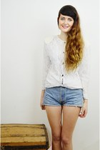 off white lace vintage jacket - blue denim Levis shorts