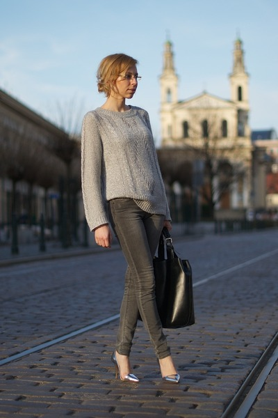 heather gray Zara jeans - silver asymmetrical Zara heels