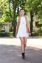 white lace Sheinsidecom dress - black Bershka wedges