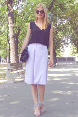 c&a skirt - meli melo sunglasses