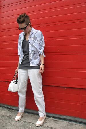 gray vintage shirt - gray Mongrel t-shirt - white GAP vintage pants - white Biba