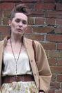 Beige-vintage-camel-cape-coat-beige-vintage-ralph-lauren-vest-green-vintage-