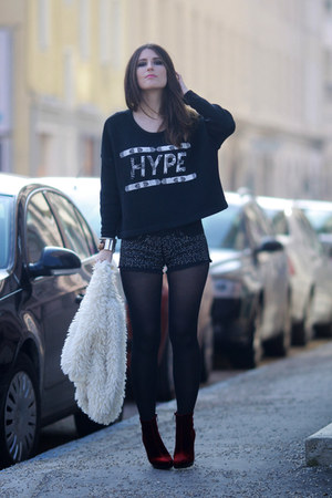 black hype print Illustrated People jumper
