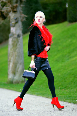 black version sud coat - red 123 jacket - black H&M bag - black H&M skirt