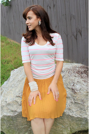 tawny pleated skirt - nude Naught MOnkey shoes - bubble gum striped JCrew shirt