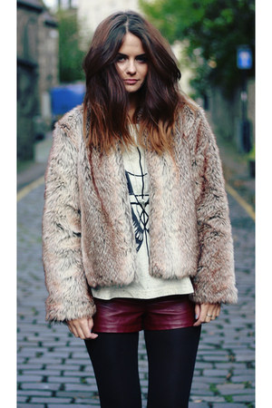 faux fur Toi et Moi jacket - pleather Topshop shorts - Topshop t-shirt