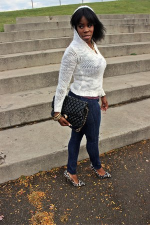 off white leopard print shoes - navy skinny jeans - ivory hooded knit sweater