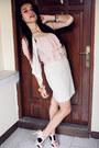 Light-pink-blouse-light-pink-top-white-forever21-skirt-light-pink-charles-