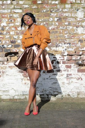 gold metallic Primark skirt - tawny leather vintage jacket