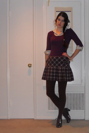 purple sweater - brown shoes - brown tights - skirt