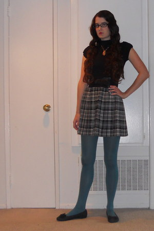 skirt - black shirt - teal tights - black flats - gold owl necklace