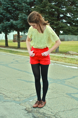 black tights - brown shoes - red shorts - yellow blouse - black