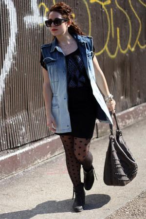 light blue Urban Outfitters vest - black fringe Pac Sun shirt