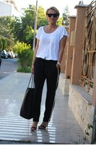 Zara pants - Gucci bag - H&M t-shirt - Mango heels