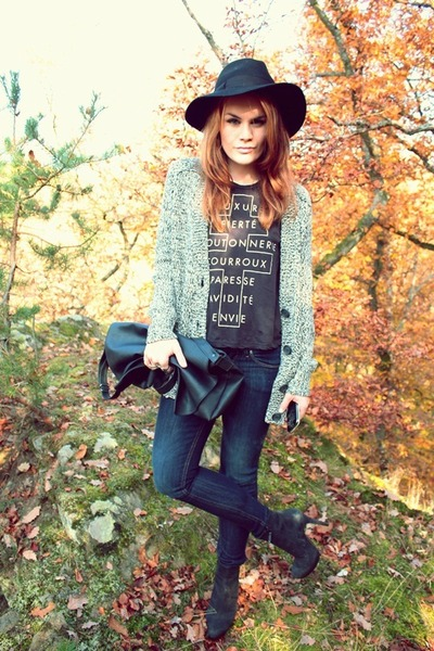 Urban Outfitters shirt - H&M jeans - asoscom hat - vintage bag - H&M cardigan
