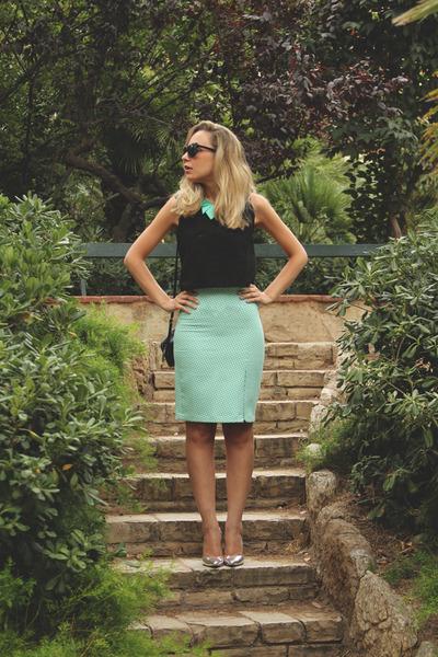 Zara skirt - H&M purse - h&m divided sunglasses - Zara top - Pilar Burgos heels