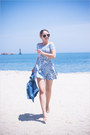 Light-blue-motel-rocks-dress-black-asos-sunglasses-gold-forever-21-bracelet