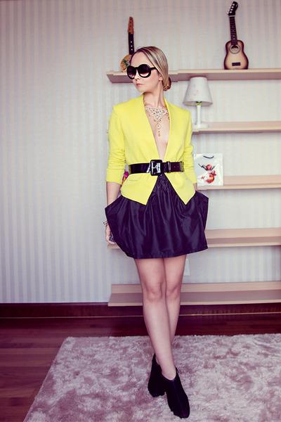 black chicnova skirt - yellow vivilli jacket - black Chanel sunglasses