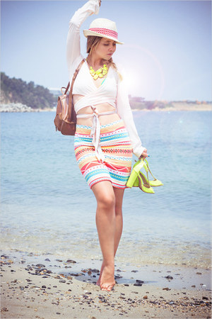 salmon Forever 21 skirt - light yellow Choies heels