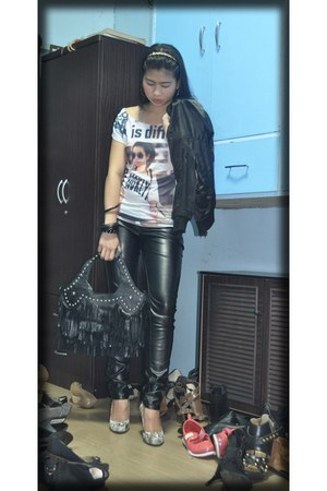 black Terranova pants - black solo jacket - My moms top - Snake printed shoes -