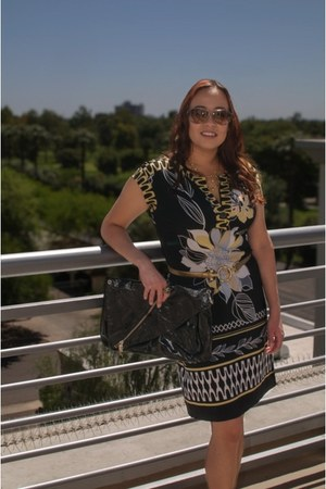 Kooba bag - short sleeve Voir Voir dress - brown aviator Prada sunglasses