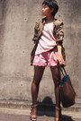 Army-green-military-zara-coat-light-pink-theory-sweater