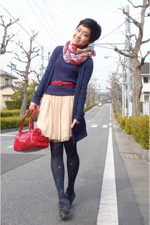 cream skirt - navy Steve Madden shoes - navy tights - red floral print scarf