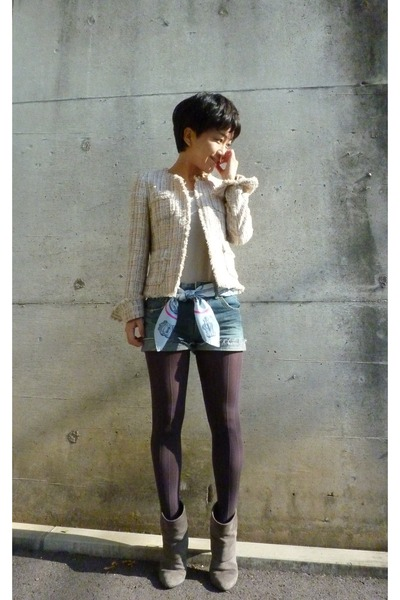 gray boots - gray tights - blue shorts - gray Uniqlo t-shirt - jacket - Hermes s