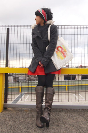 gray max&co coat - heather gray boots - red Hermes scarf