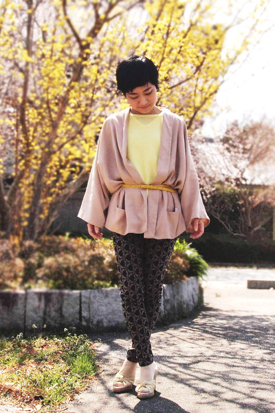 beige kimono Zara jacket - light yellow cotton ICB sweater - yellow JCrew belt