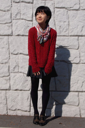 light brown cavacava shoes - red mimi&roger sweater - black Uniqlo tights