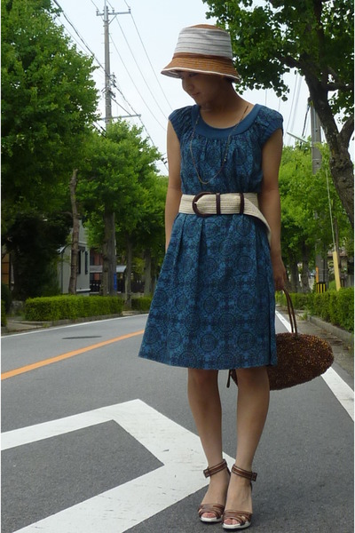 blue dress - gold anteprima purse - brown hat - brown shoes - belt